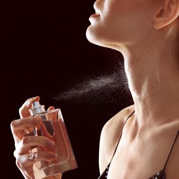 Zoniou perfume creators ανακοίνωση συνεργασίας πελάτη